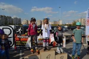 Победители скейткросса среди девочек